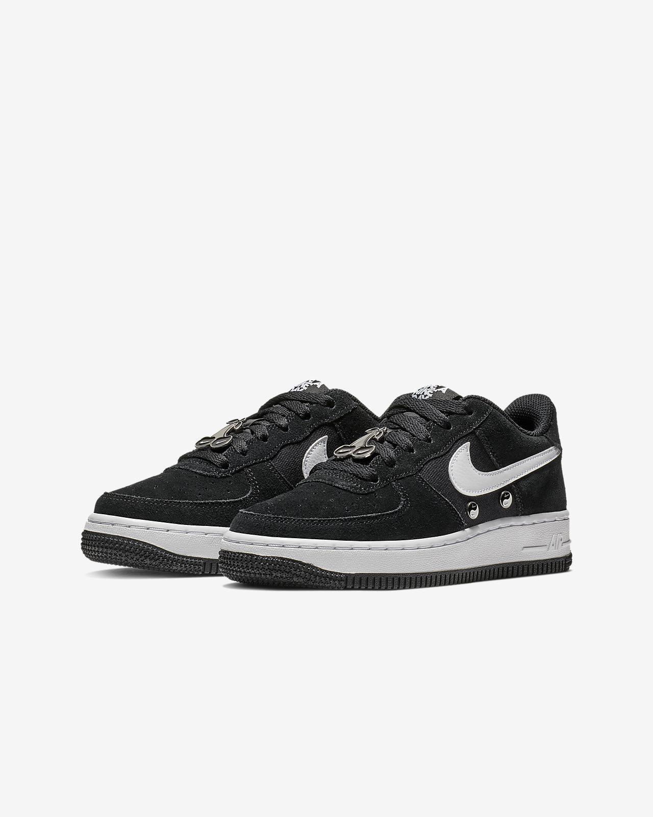 nouveau concept 11c9f 8c8a6 Nike Air Force 1 LV8 Older Kids' Shoe