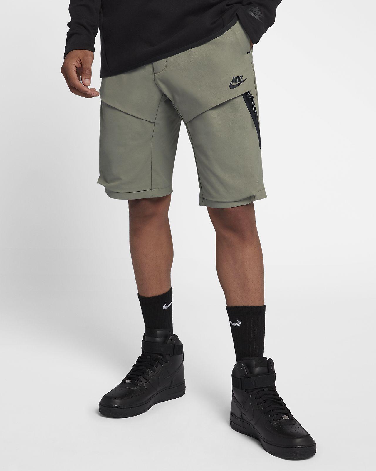กางเกงแบบทอขาสั้นผู้ชาย Nike Sportswear Tech Pack