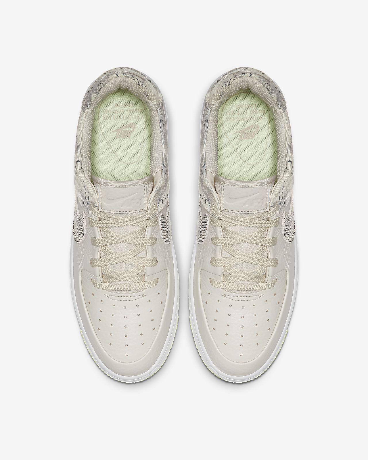 competitive price af366 e639e Nike Air Force 1 Sage Low Premium Camo-sko til kvinder. Nike.com DK