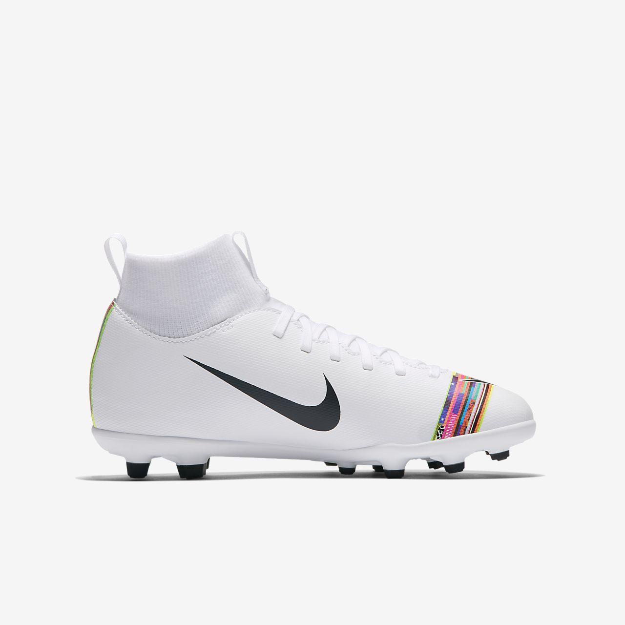 48f46211e48d2 ... Calzado de fútbol para múltiples superficies para niños talla  pequeña grande Nike Jr. Superfly