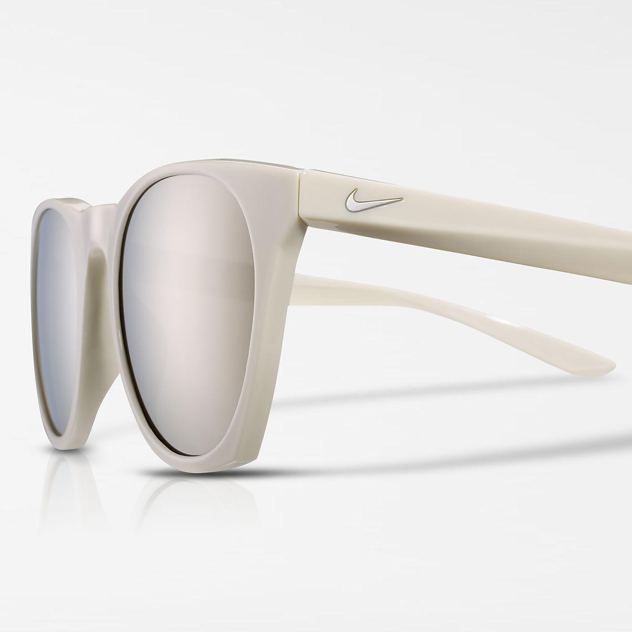 Nike Essential Horizon Mirrored Sunglasses