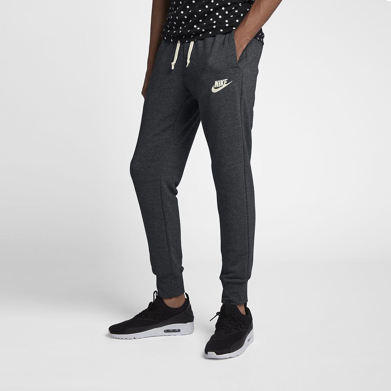 Nike Sportswear Heritage férfi szabadidőnadrág. Nike.com HU 6402fedba5