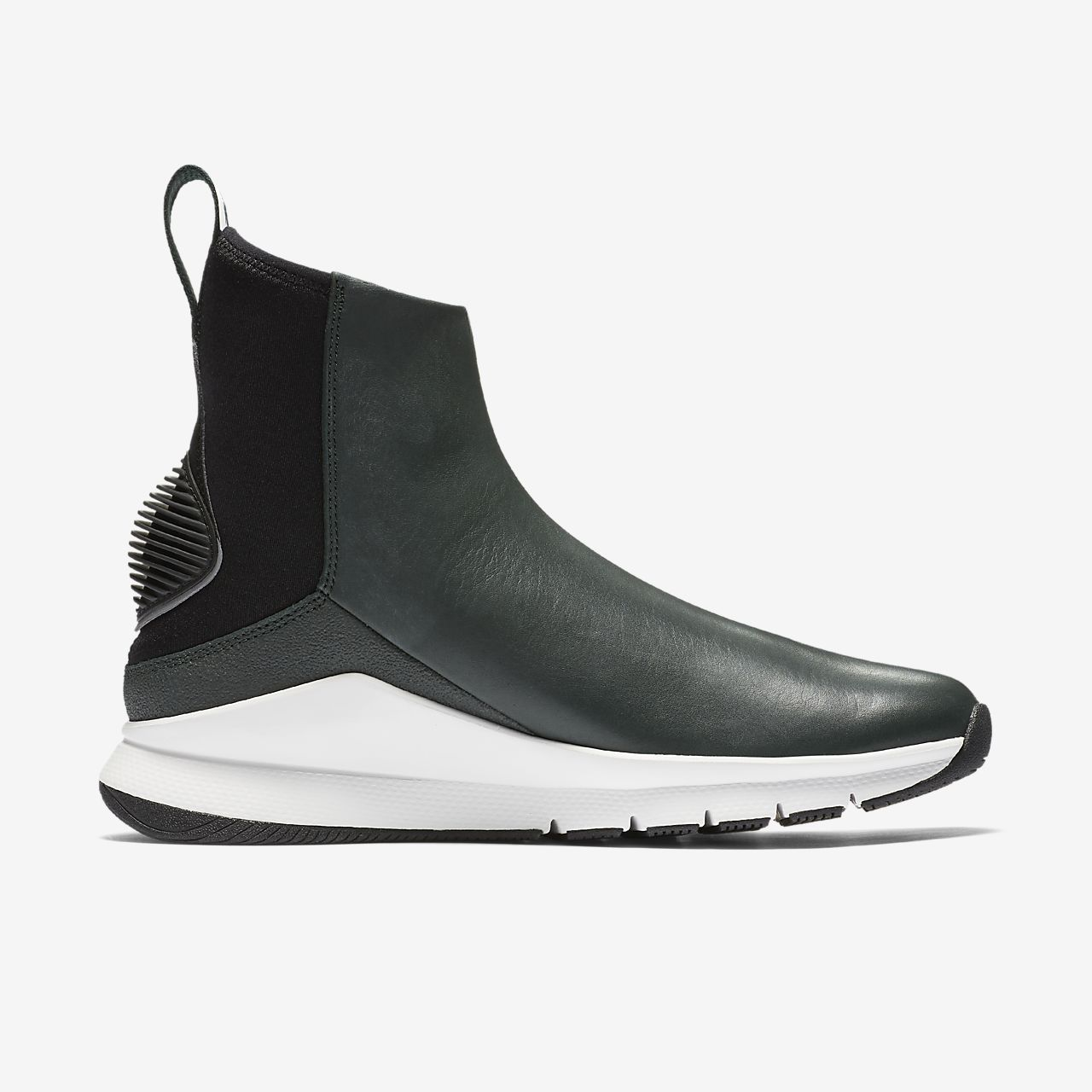 Nike Women's Rivah Hi Premium Black White Silver Waterproof Size 6 AA1112-001