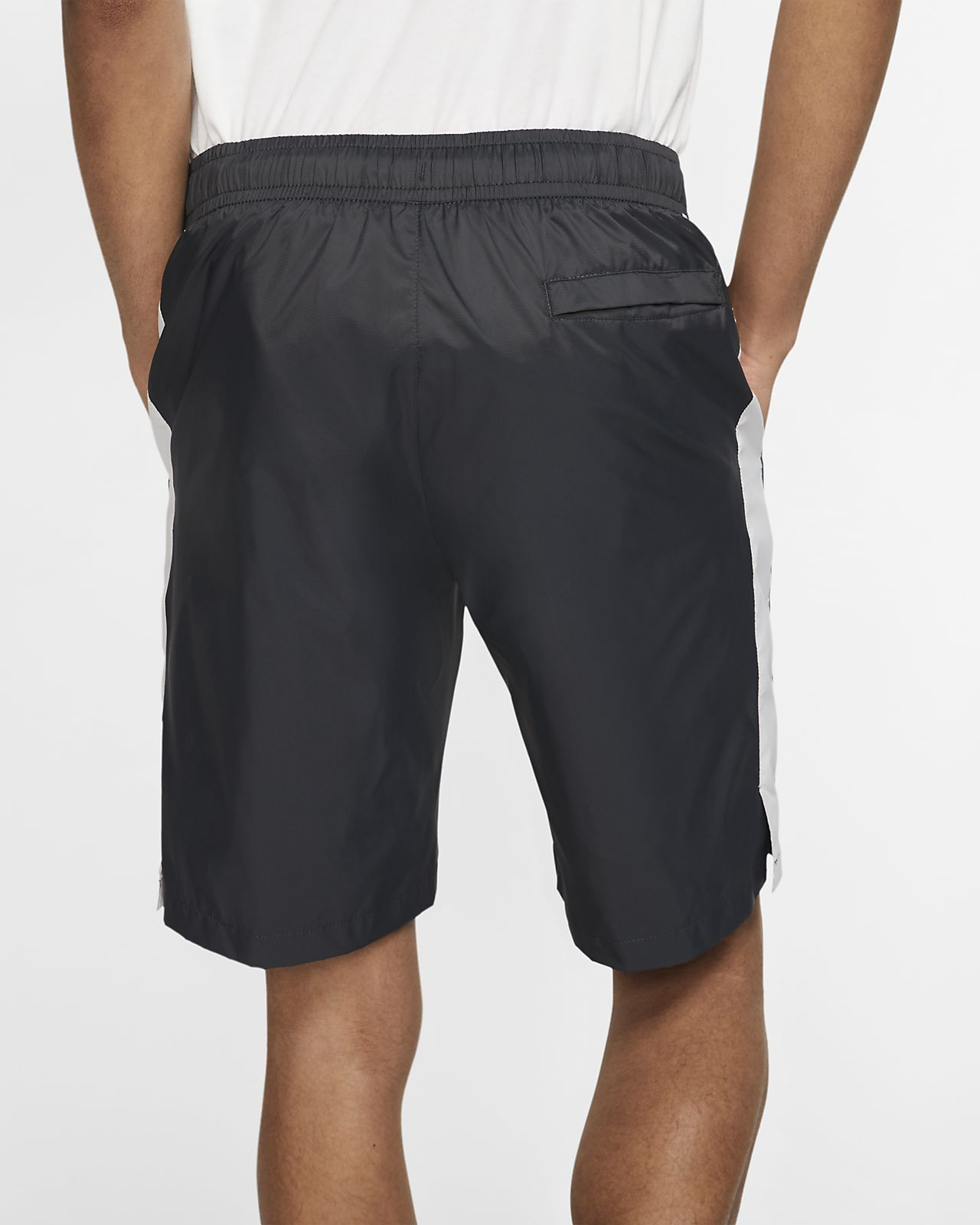 Nike Sportswear Herren Trainingsshorts aus Webmaterial