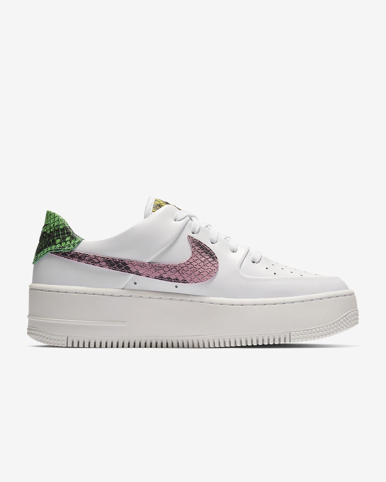 Scarpa Nike Air Force 1 Sage Low Donna Cream Nike grigio Plateau