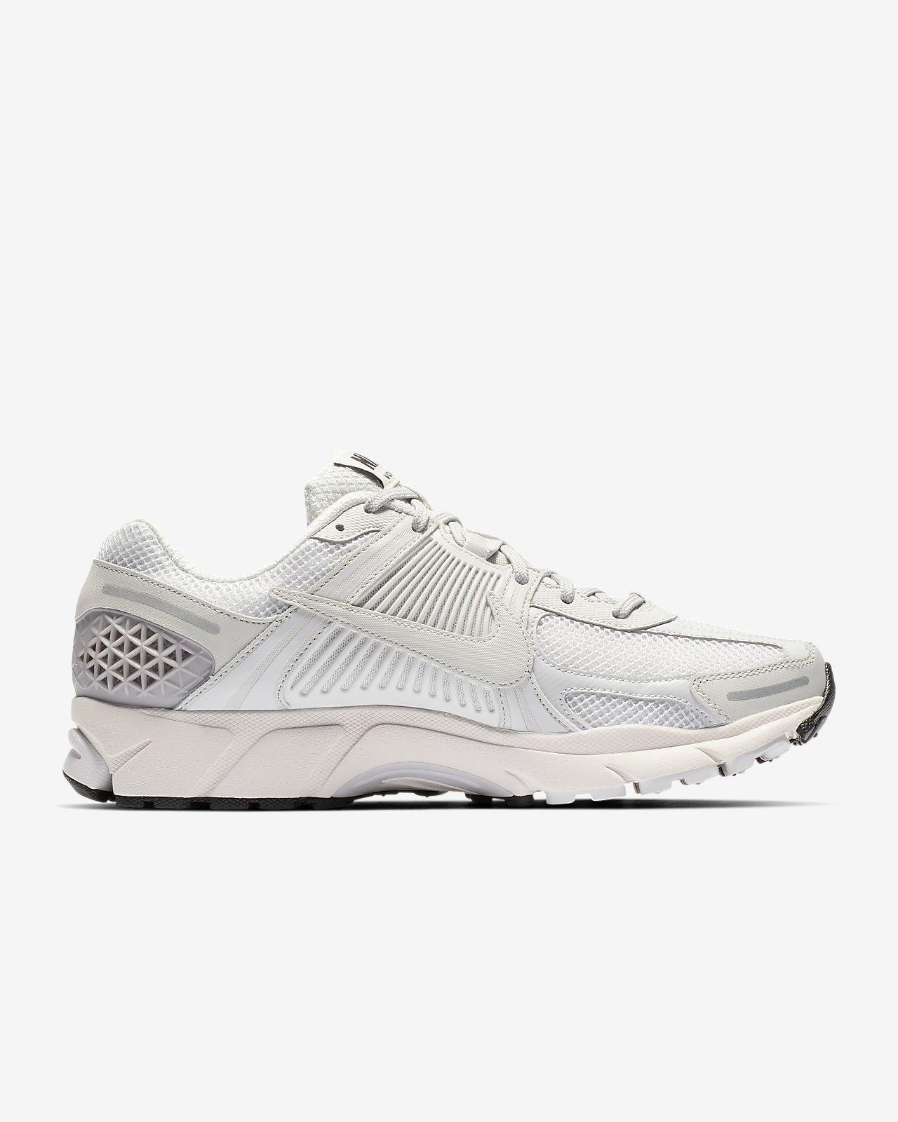official photos 88f27 3b488 ... Nike Zoom Vomero 5 SP Men s Shoe