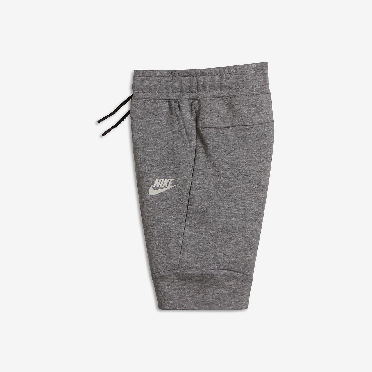 Nike Tech Fleece 幼童短裤