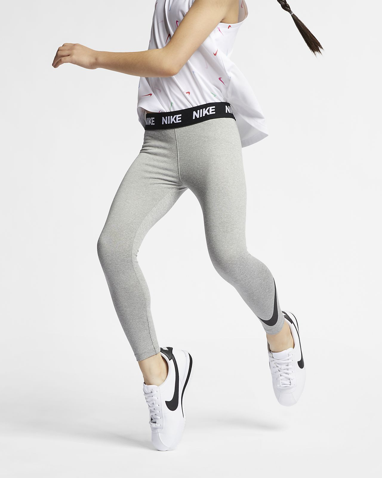 Nike Sportswear Essential Leggings für jüngere Kinder