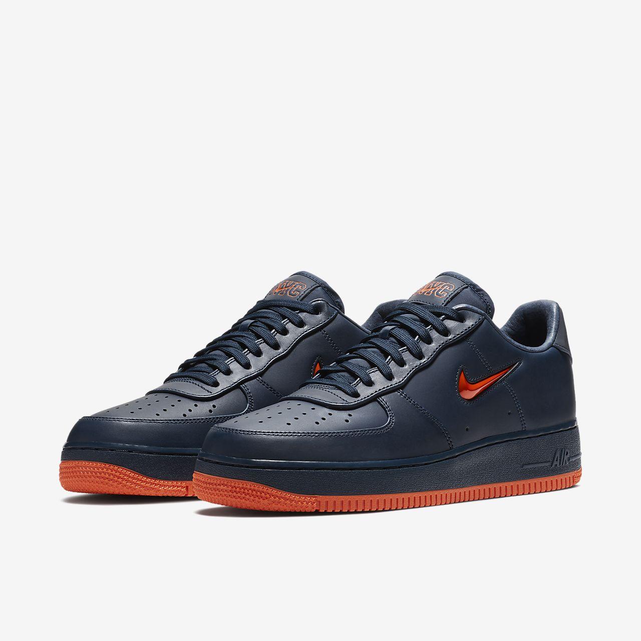 Jordan V  Low Black Black Casual Shoe