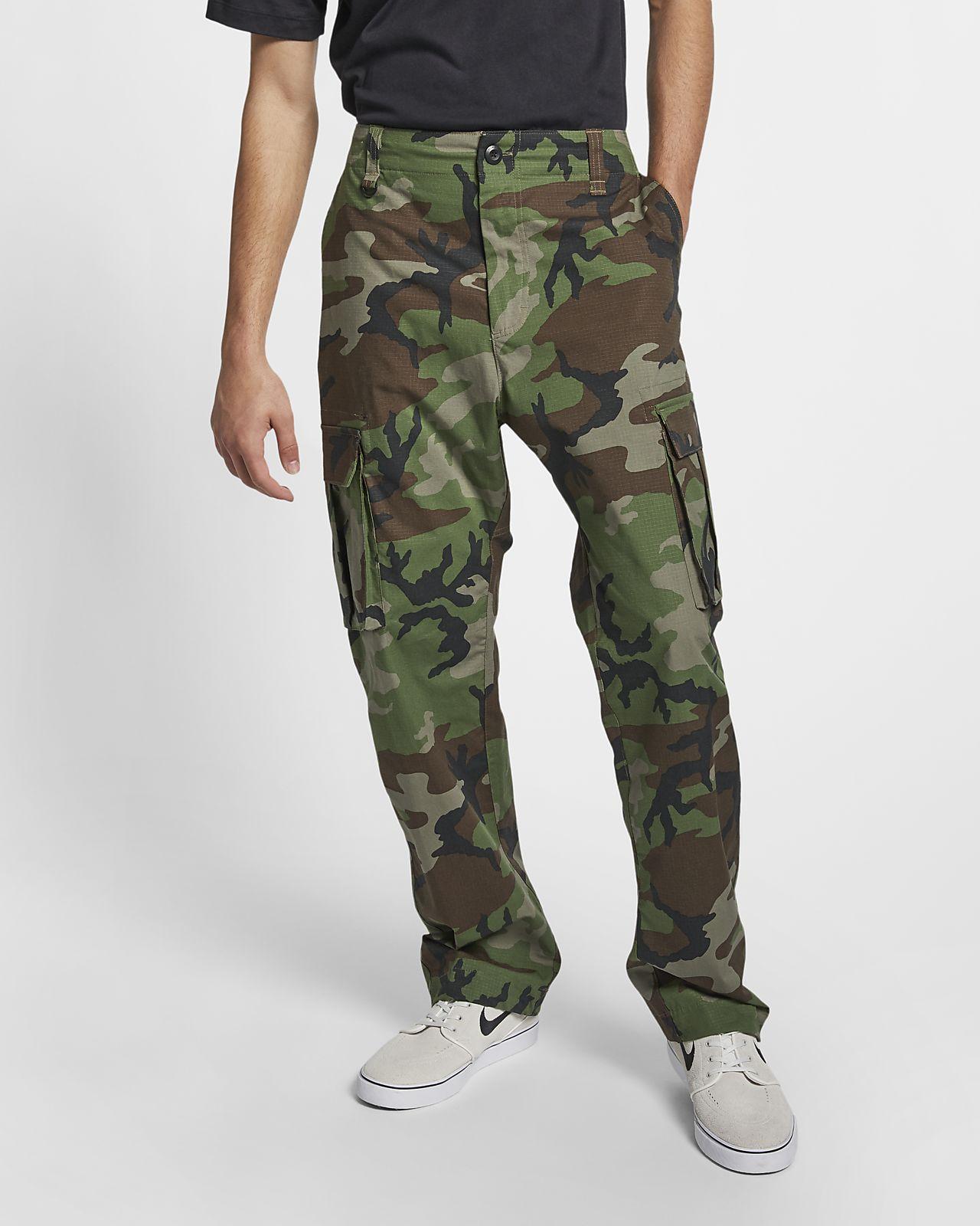 37181ee8df9d Nike SB Flex FTM Camo Skate Pants. Nike.com