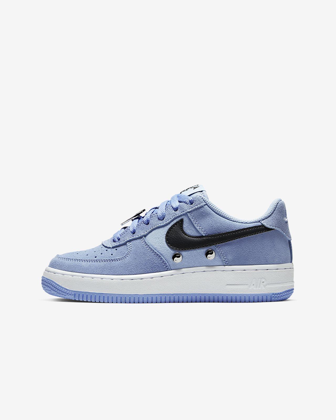 Nike Air Force 1 LV8 Genç Çocuk Ayakkabısı