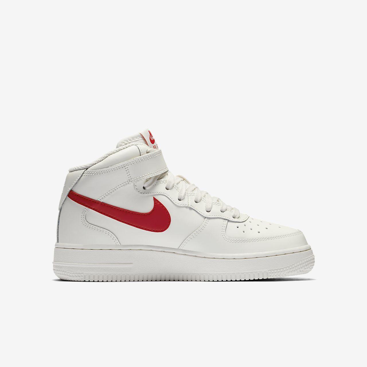 Nike Lv8 Air Force 1 07 Lv8 Nike Zapatos Blancos Guru Del Estilo De Moda d728d9