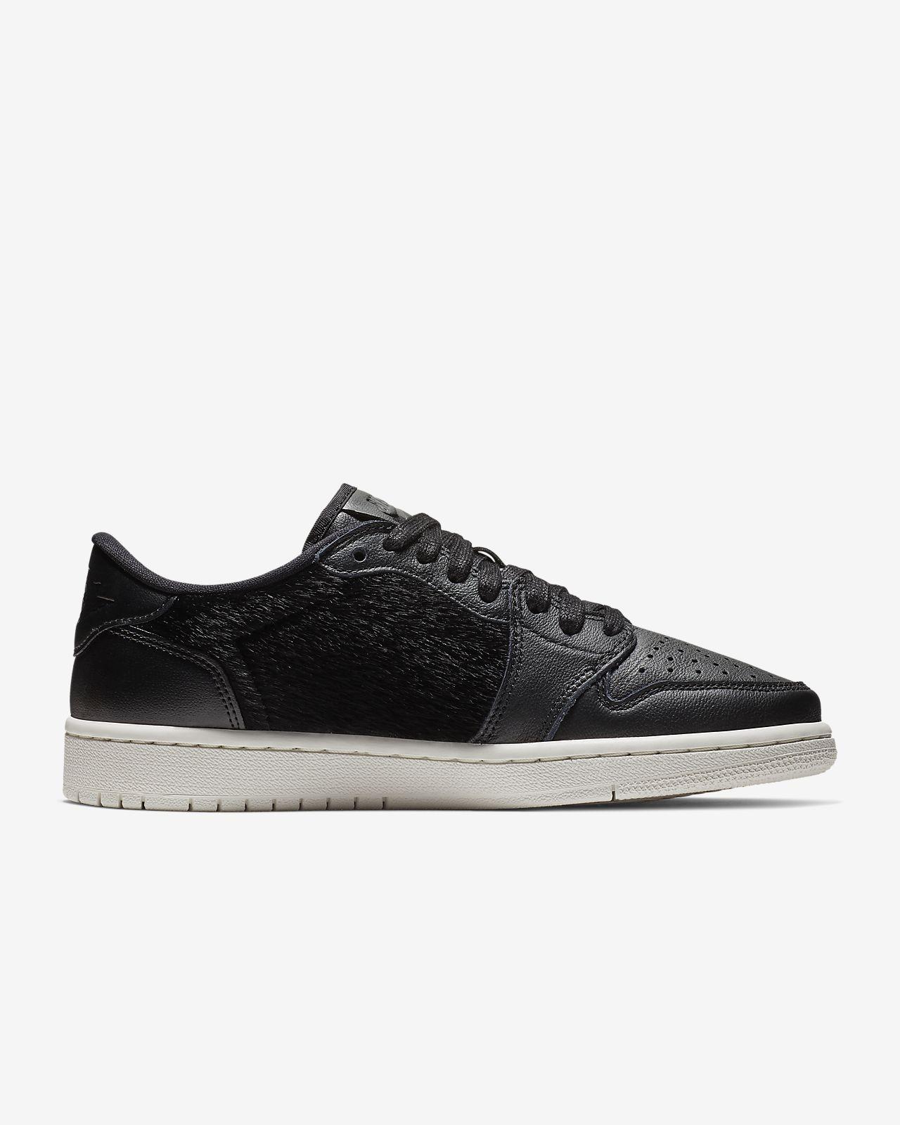 Dámská bota Air Jordan 1 Retro Low NS. Nike.com CZ 032c0666e9