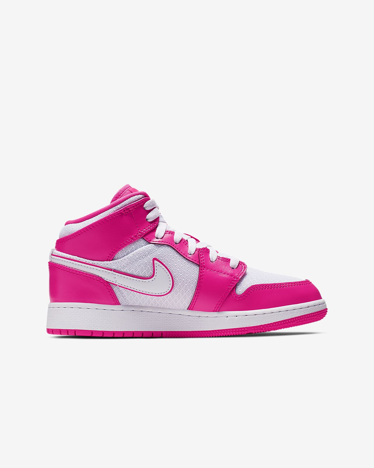 67a9cf358b8c Air Jordan 1 Mid Big Kids  Shoe. Nike.com