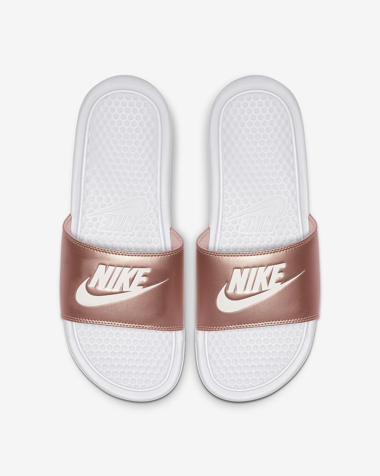 617ef4759ab0 Nike Benassi Women s Slide. Nike.com HU