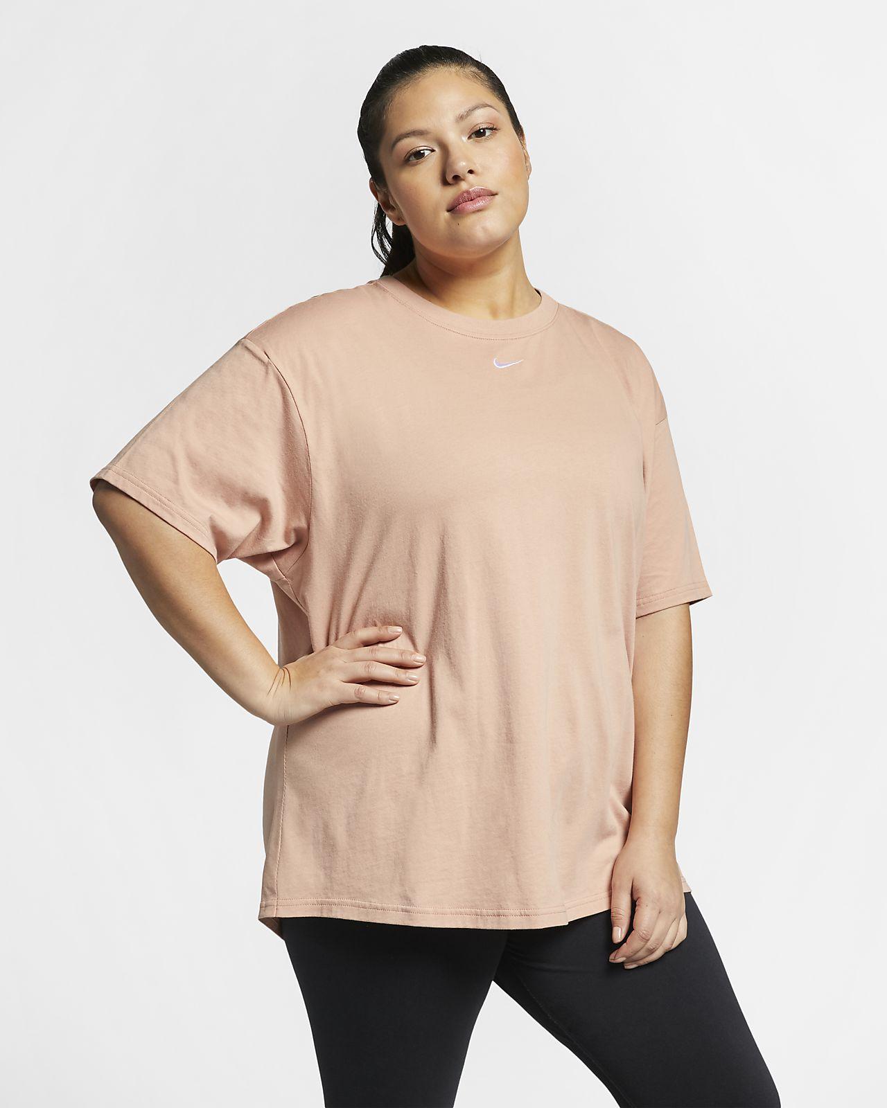 Top a manica corta (Plus Size) Nike Sportswear Essential - Donna
