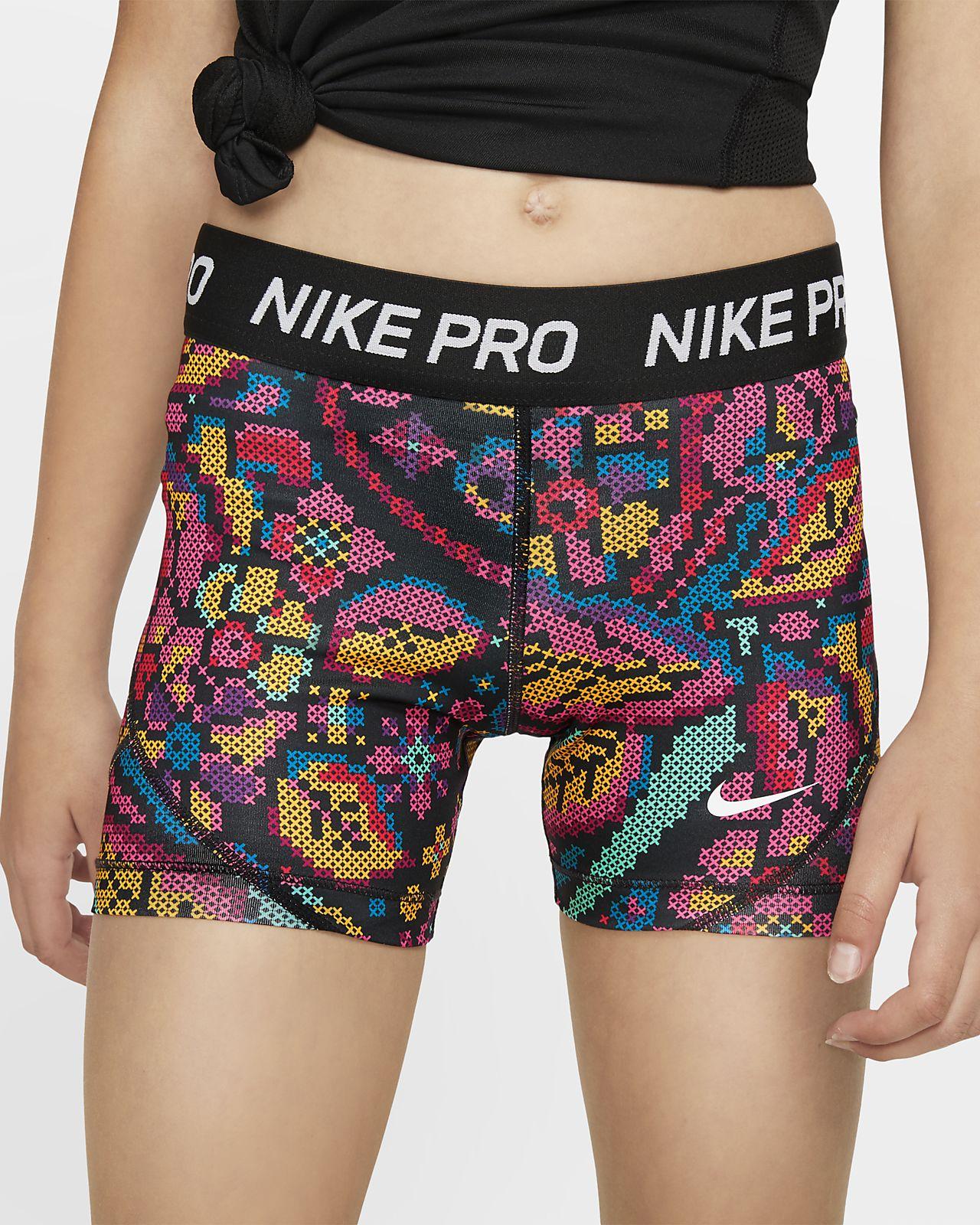 Εμπριμέ εφαρμοστό σορτς Nike Pro για μεγάλα κορίτσια
