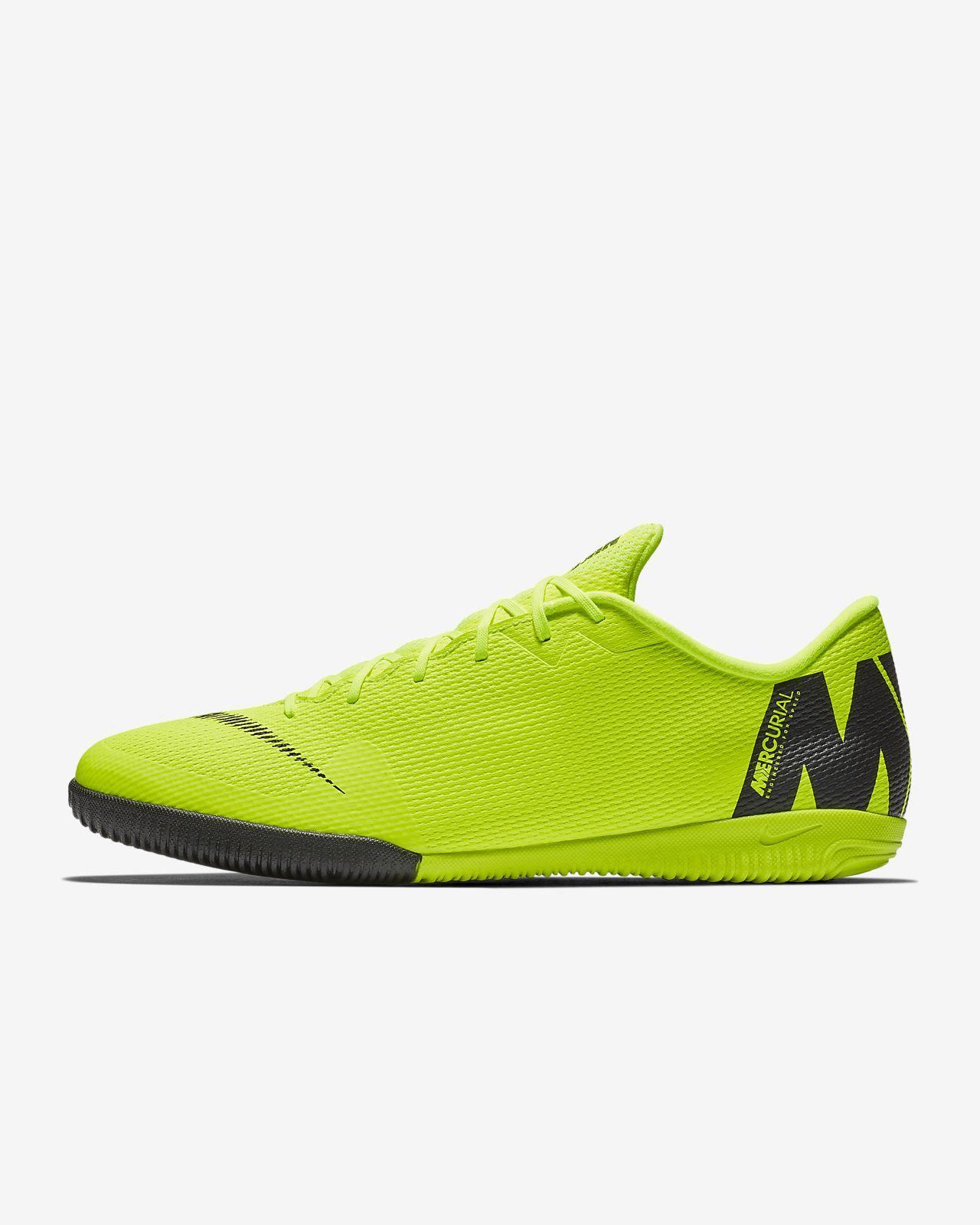official photos bafd4 0b65f Nike VaporX 12 Academy IC Indoor/Court Football Shoe