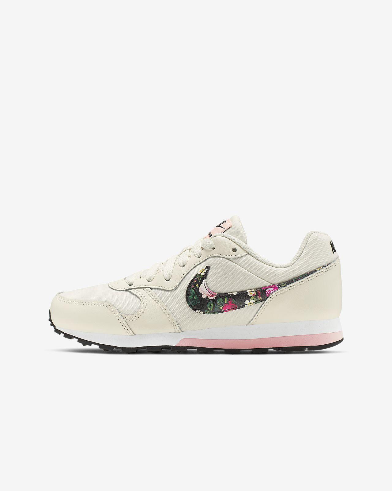 Nike MD Runner 2 Vintage Floral Genç Çocuk Ayakkabısı