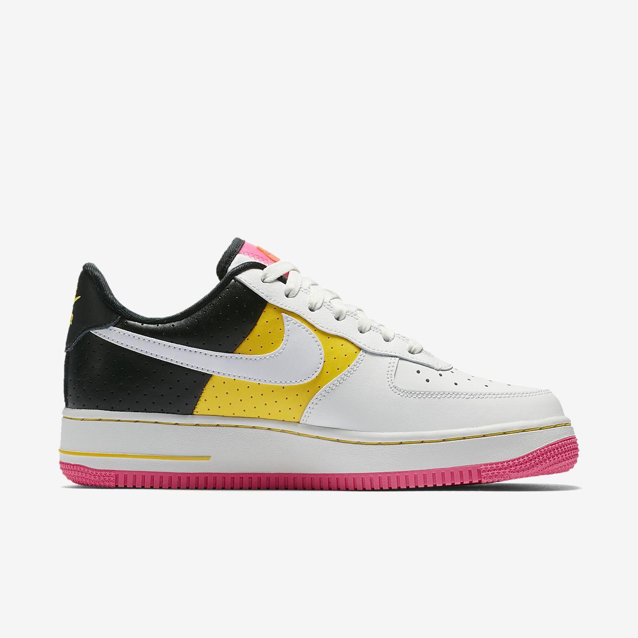 ... Nike Air Force 1 '07 SE Moto Women's Shoe