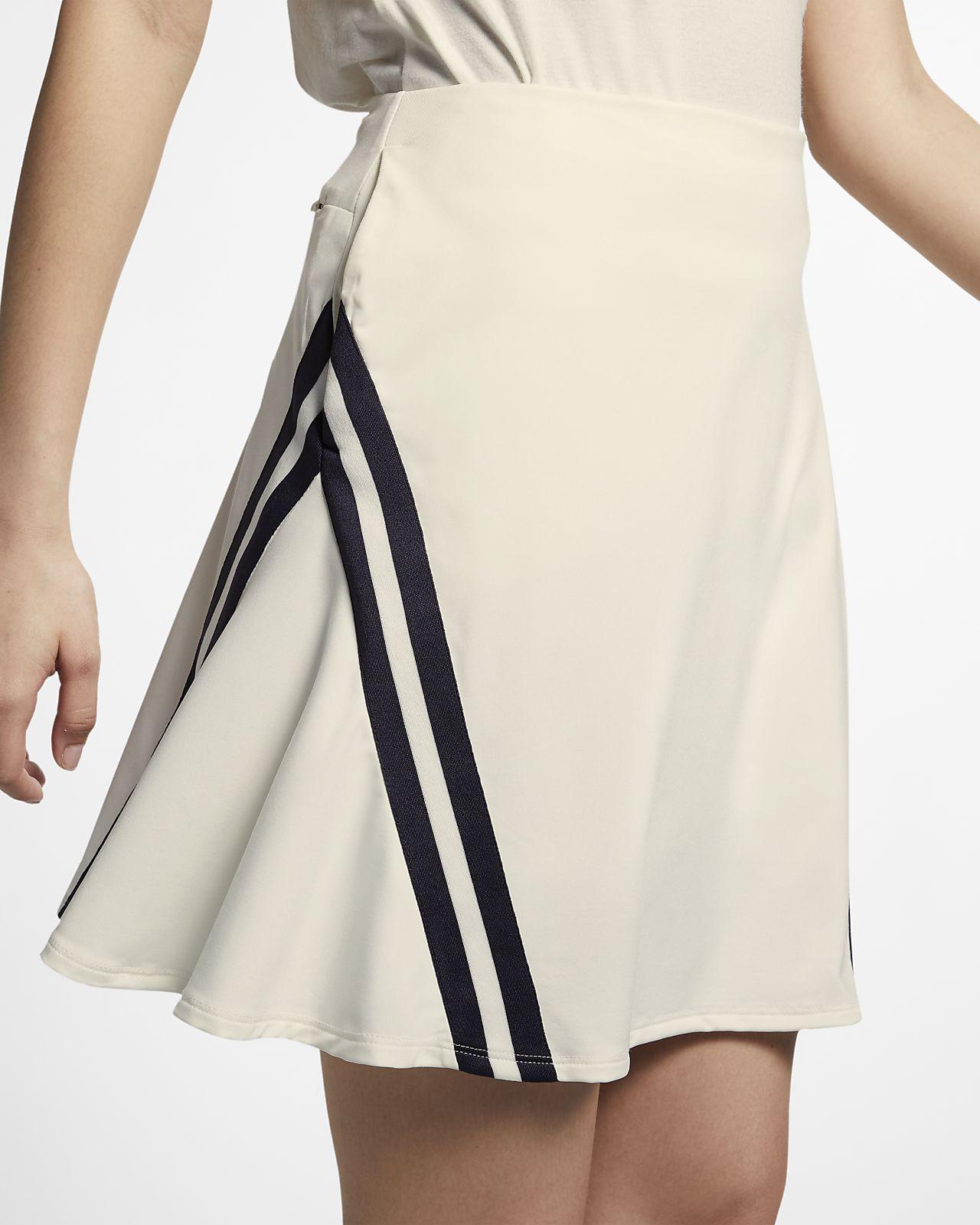 Nike Dri-FIT UV-golfnederdel (43 cm) til kvinder
