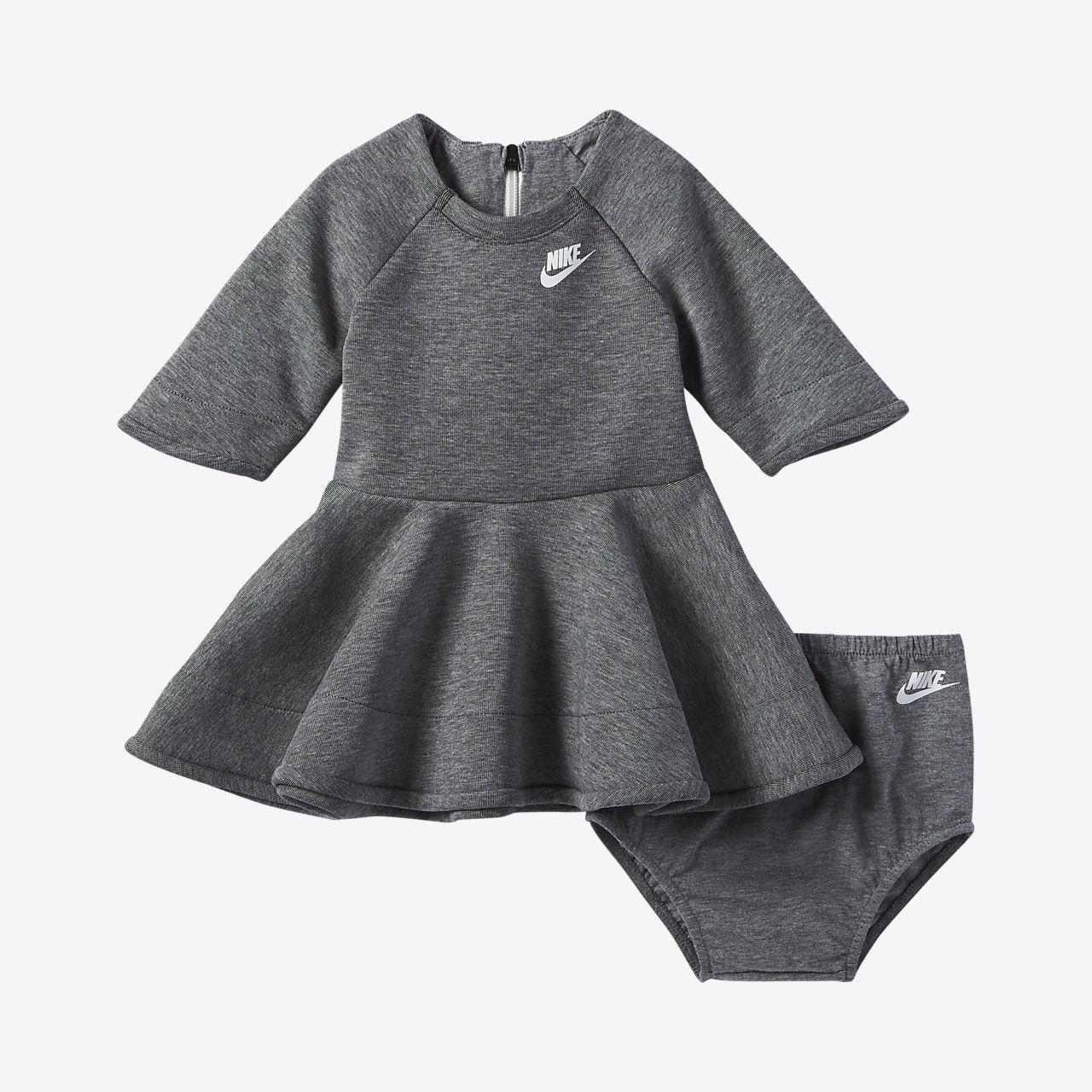 Šaty pro kojence (12 – 24 měsíců) Nike Tech Fleece