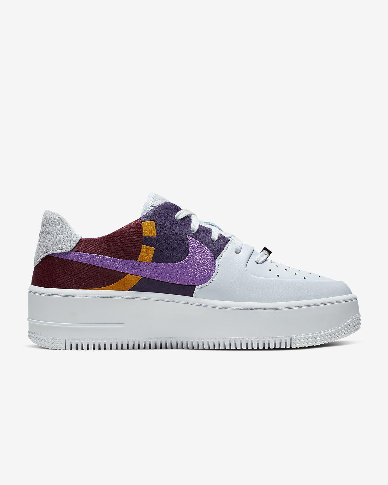 Nike AF1 Sage Low LX 女子运动鞋
