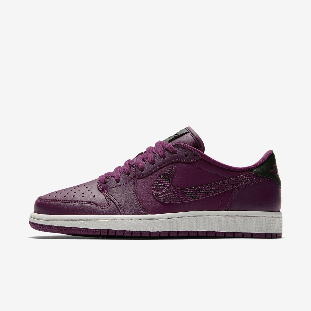 buy online 03d6f 139c4 ... Air Jordan 1 Retro Low OG Womens Shoe