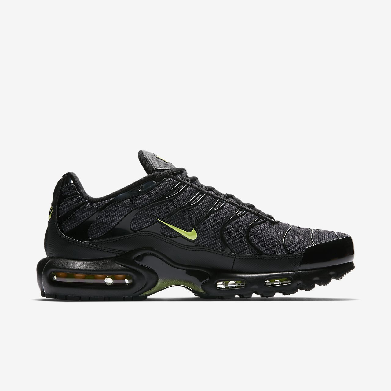 nike air max hiking shoe