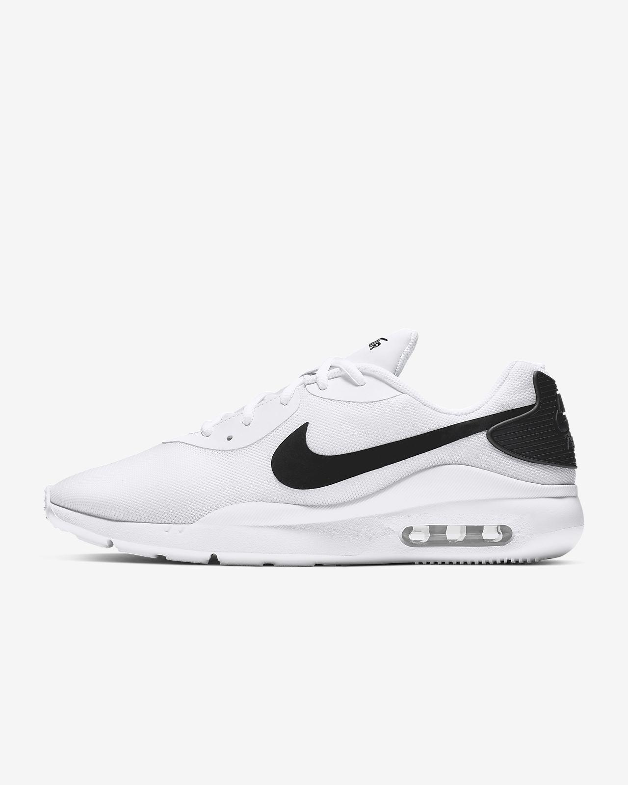 Nike Air Max Oketo 男子运动鞋