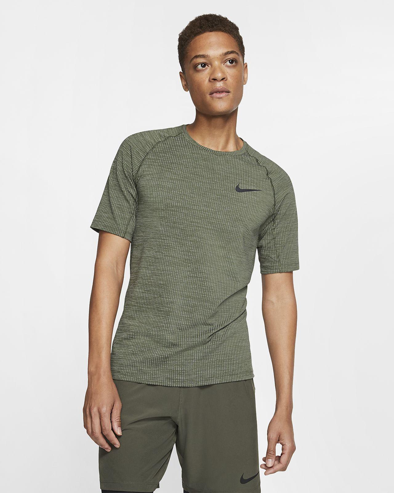 Nike Pro Men's Short-Sleeve Slim Fit Top