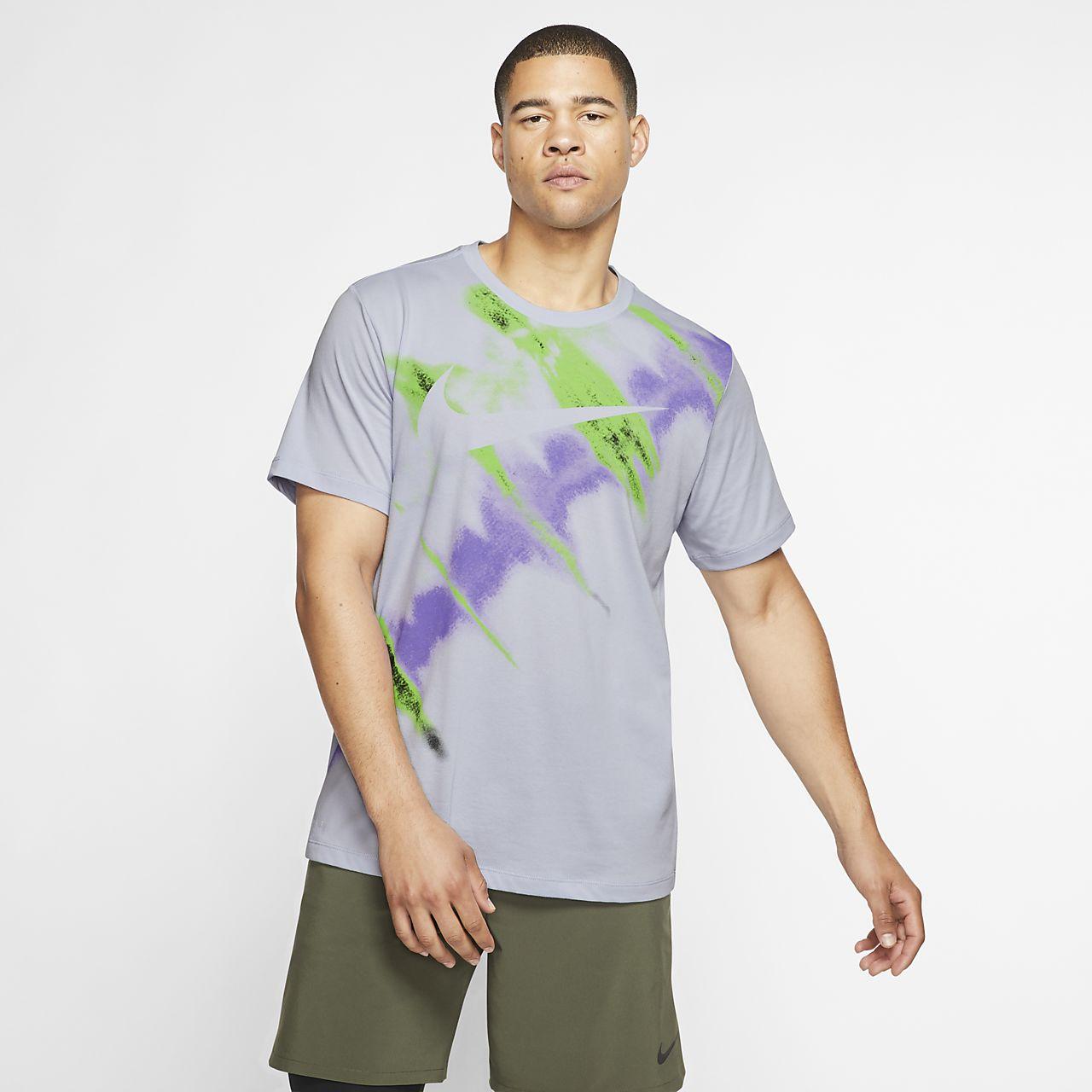 Nike Dri-FIT Kısa Kollu Erkek Antrenman Tişörtü