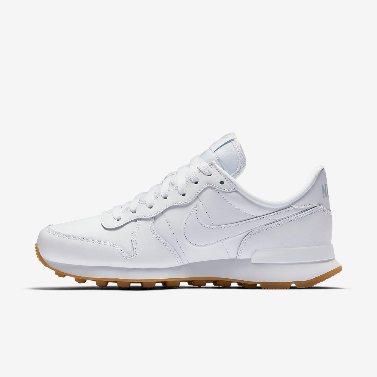 รองเท้าผู้หญิง Nike Internationalist