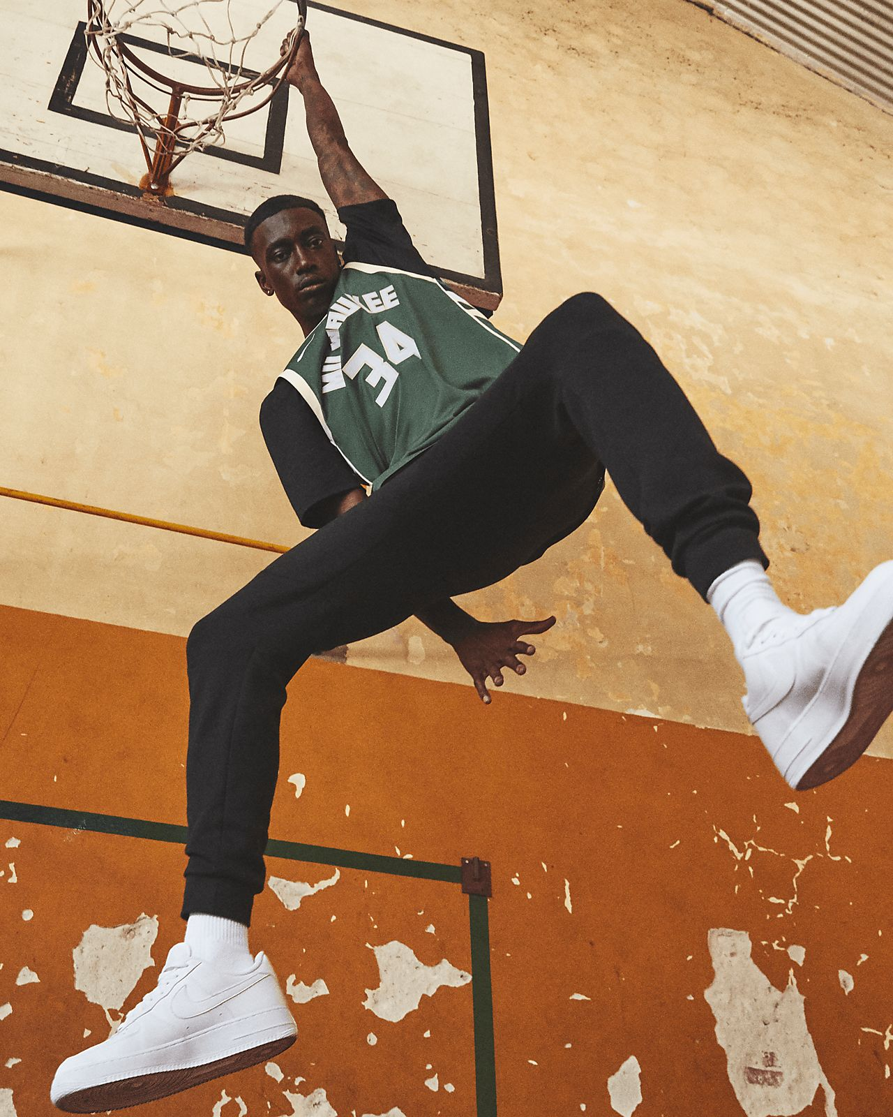 f54372dad9d ... Giannis Antetokounmpo Icon Edition Swingman (Milwaukee Bucks) Men s Nike  NBA Connected Jersey