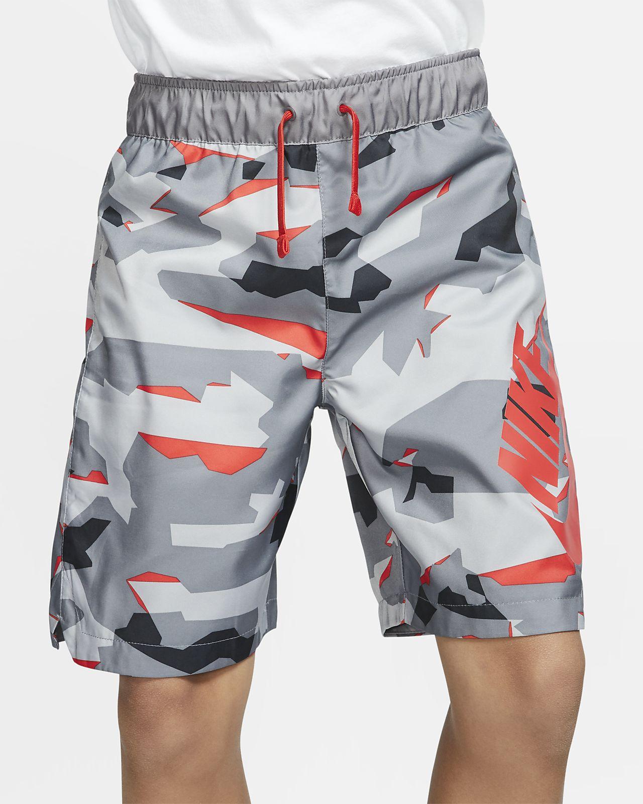 Short tissé à motif camouflage Nike Sportswear pour Garçon plus âgé