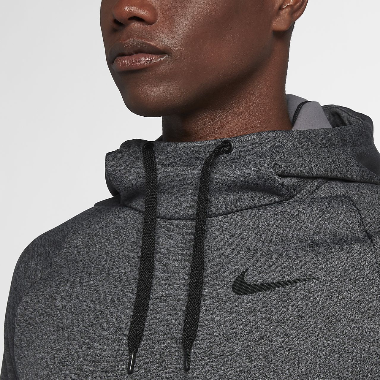 96f6f485f876 Nike Therma Men s Pullover Training Hoodie. Nike.com