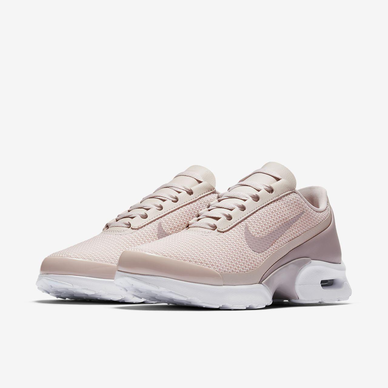 Nike Women's Air Max Jewell Se Sneaker msctxucCil