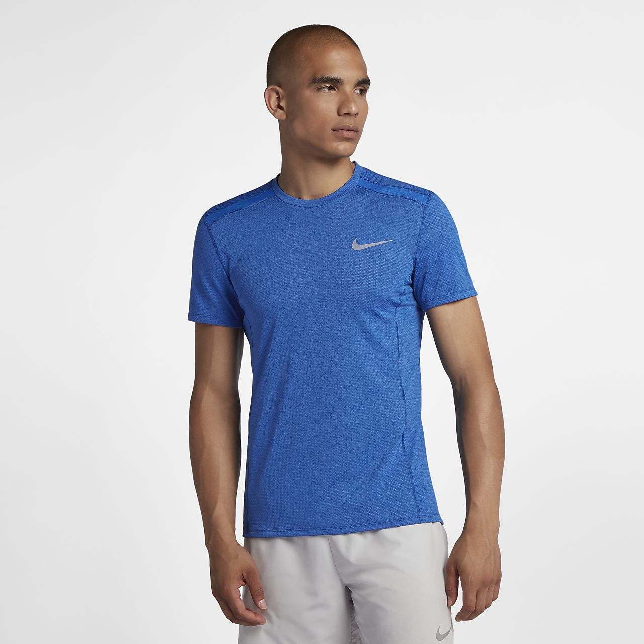 0f6e8ef9d2d9 Nike Dri-FIT Miler Cool Men s Short-Sleeve Running Top. Nike.com SI