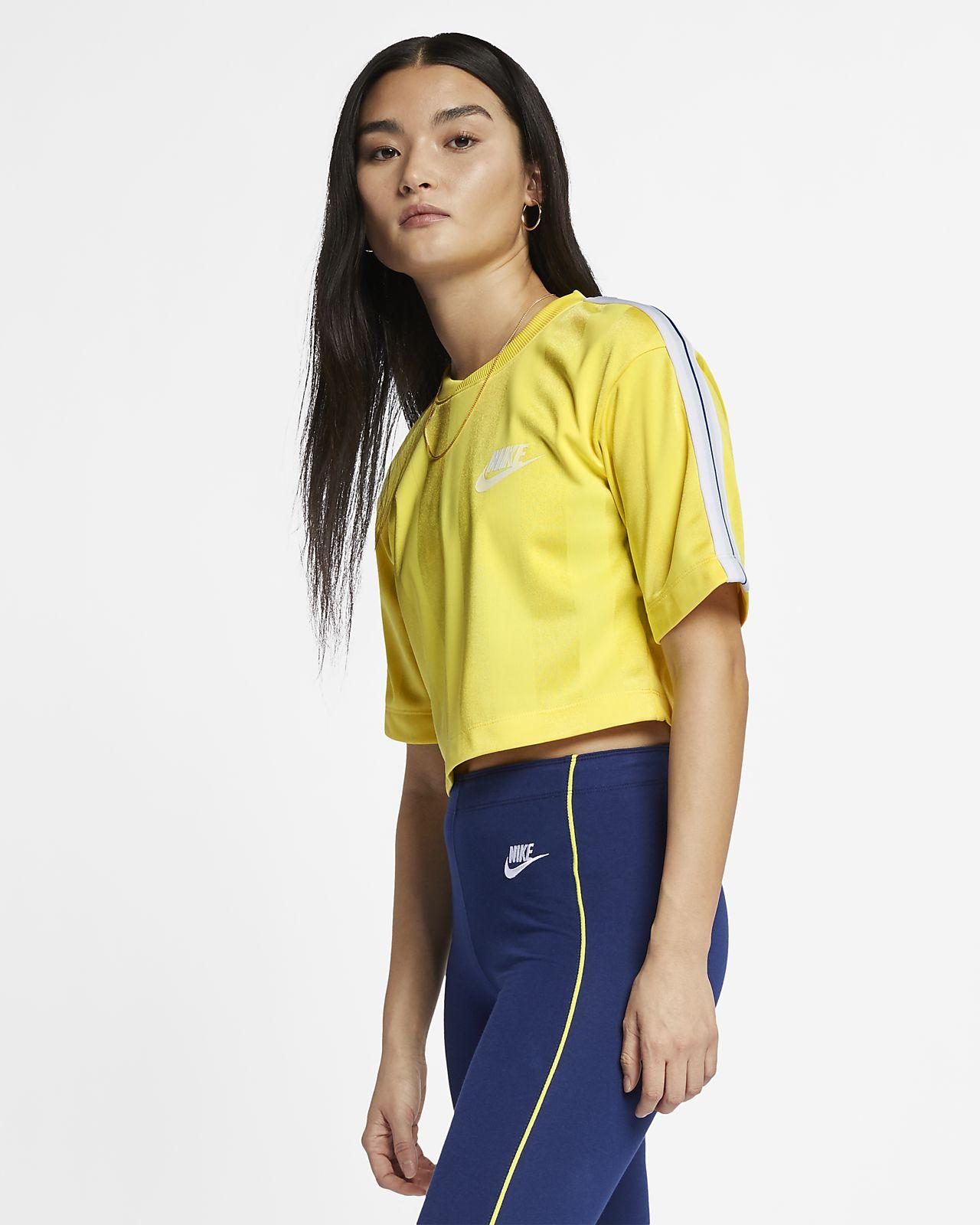 Haut à rayures et manches courtes Nike Sportswear pour Femme. Nike ... 6d6b5c012e1