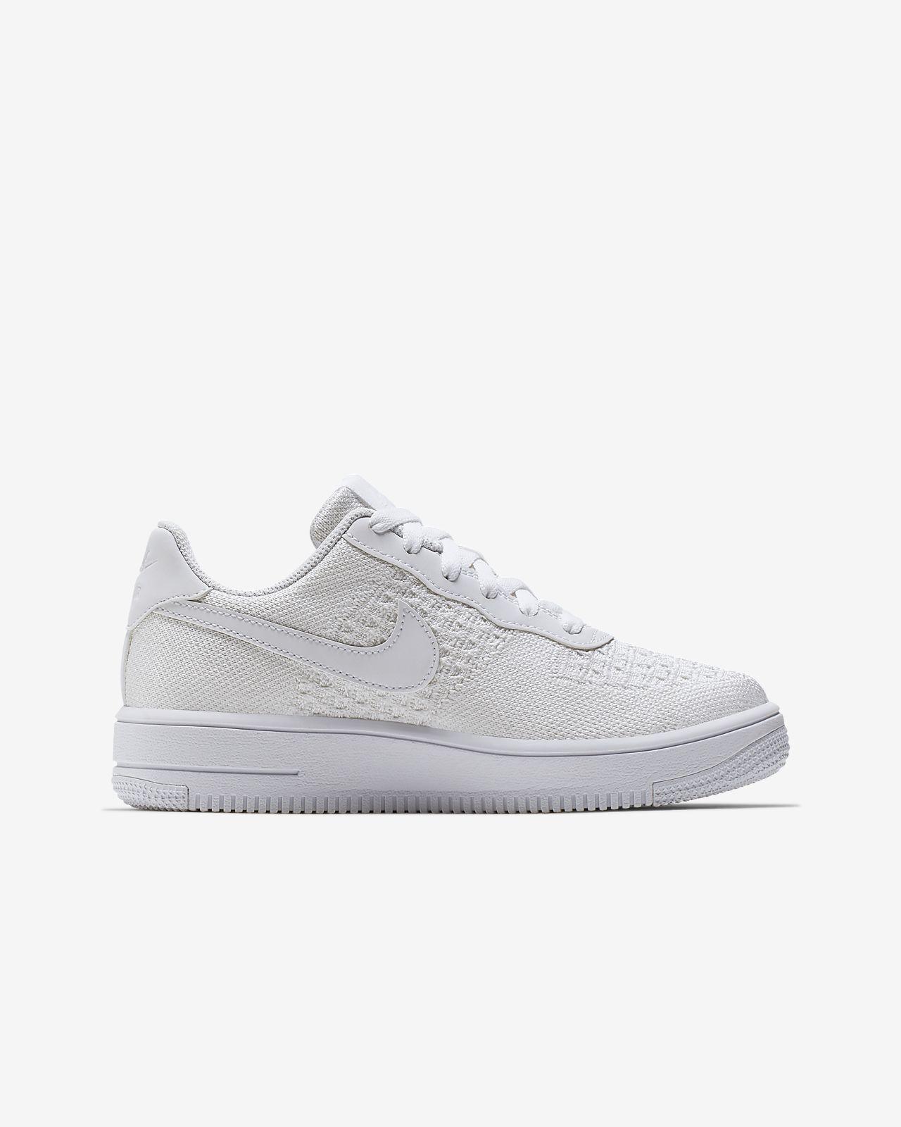 29bd81efec Nike Air Force 1 Flyknit 2.0 Younger/Older Kids' Shoe