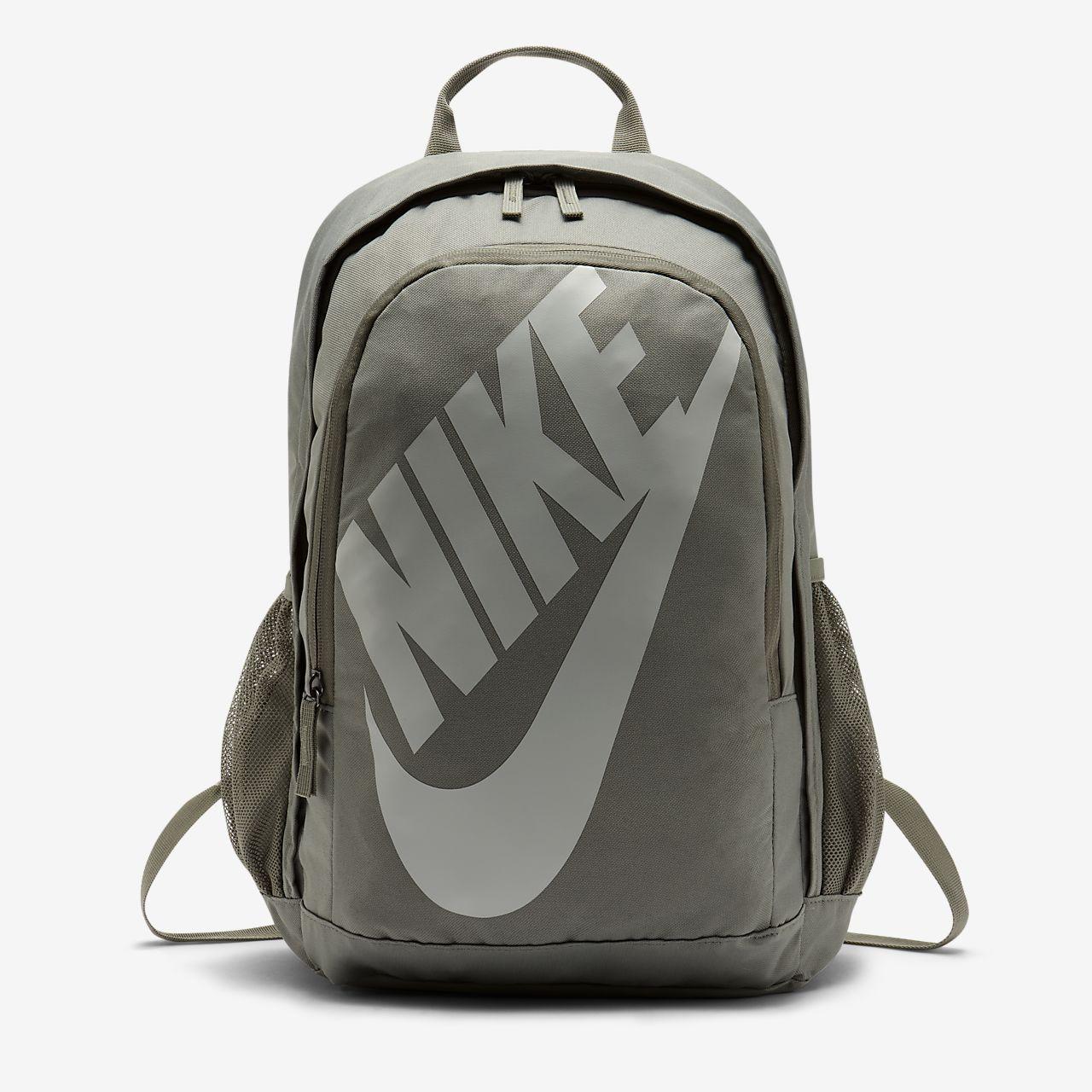 เป้สะพายหลัง Nike Sportswear Hayward Futura 2.0