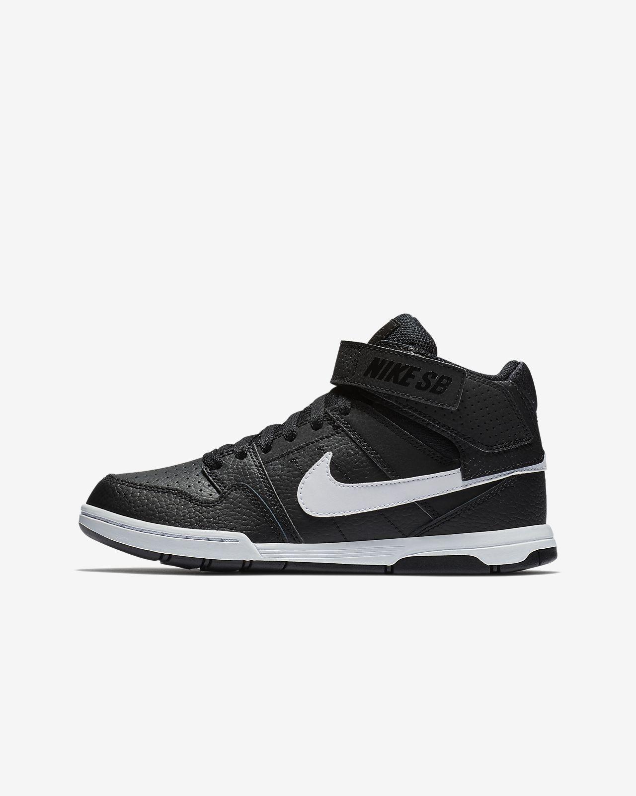 Nike Son of Force Mid Női sportcipő, FeketeFehér, 38.5