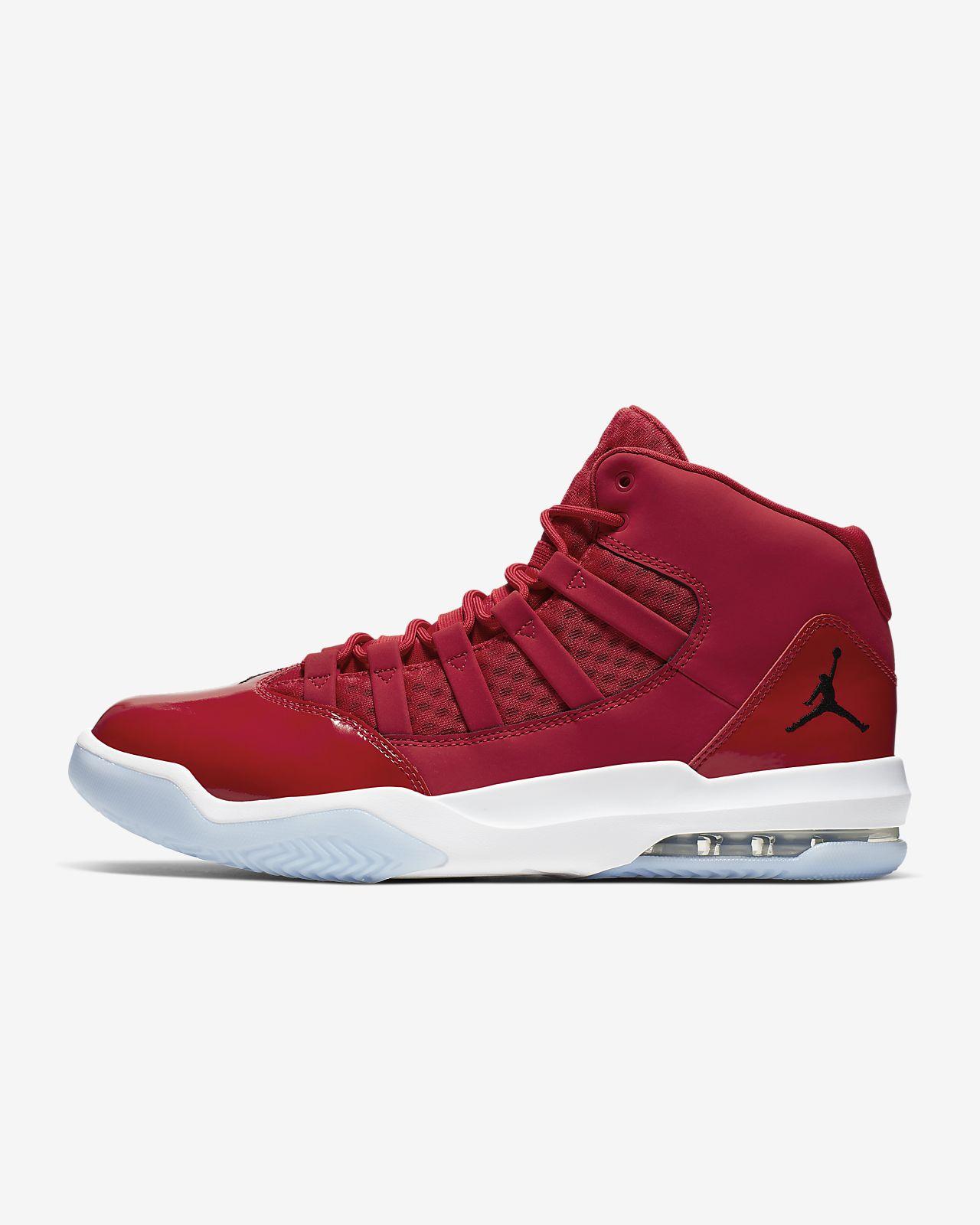 Jordan Max Aura Men's Shoe