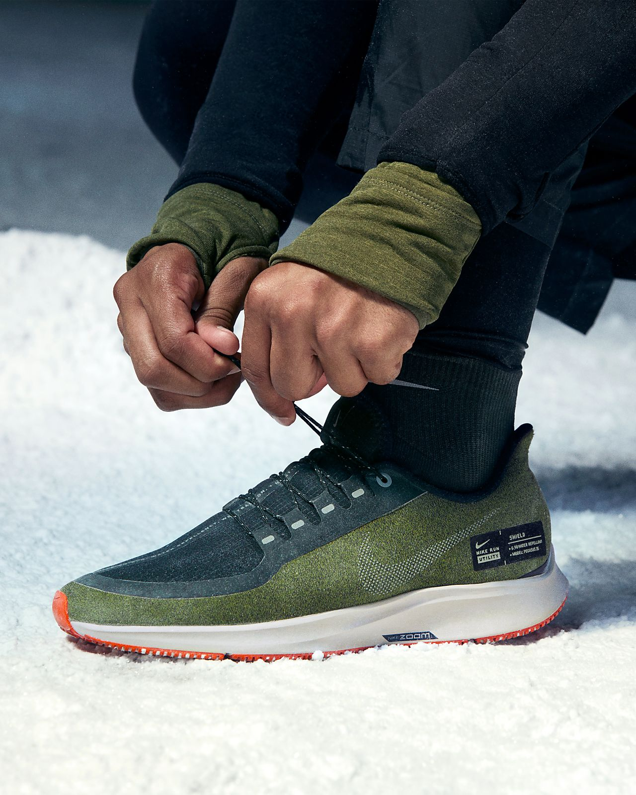 finest selection 89f12 48682 ... Nike Air Zoom Pegasus 35 Shield Water-Repellent Men s Running Shoe