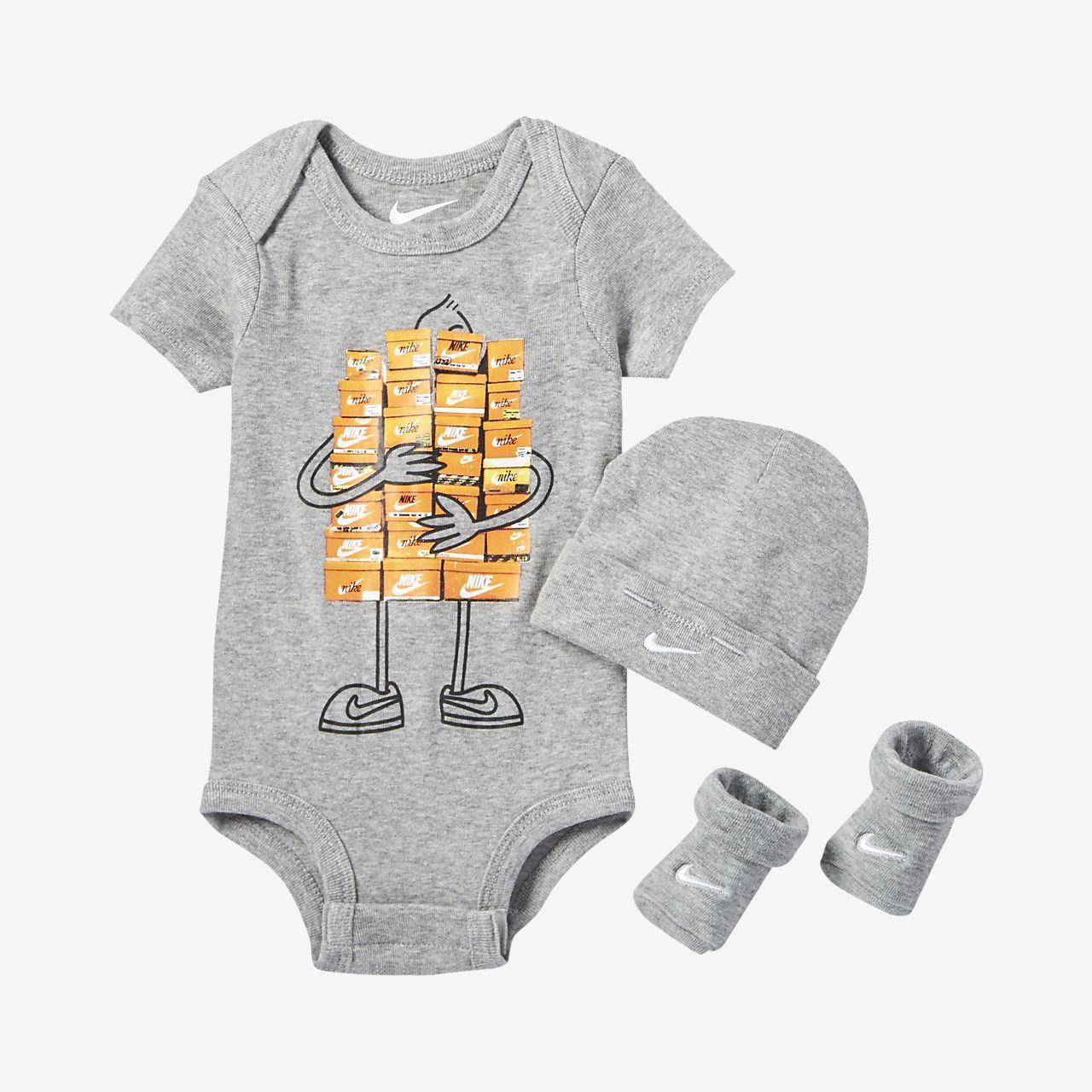 Nike Sneaker Spree Infant/Toddler Three-Piece Set