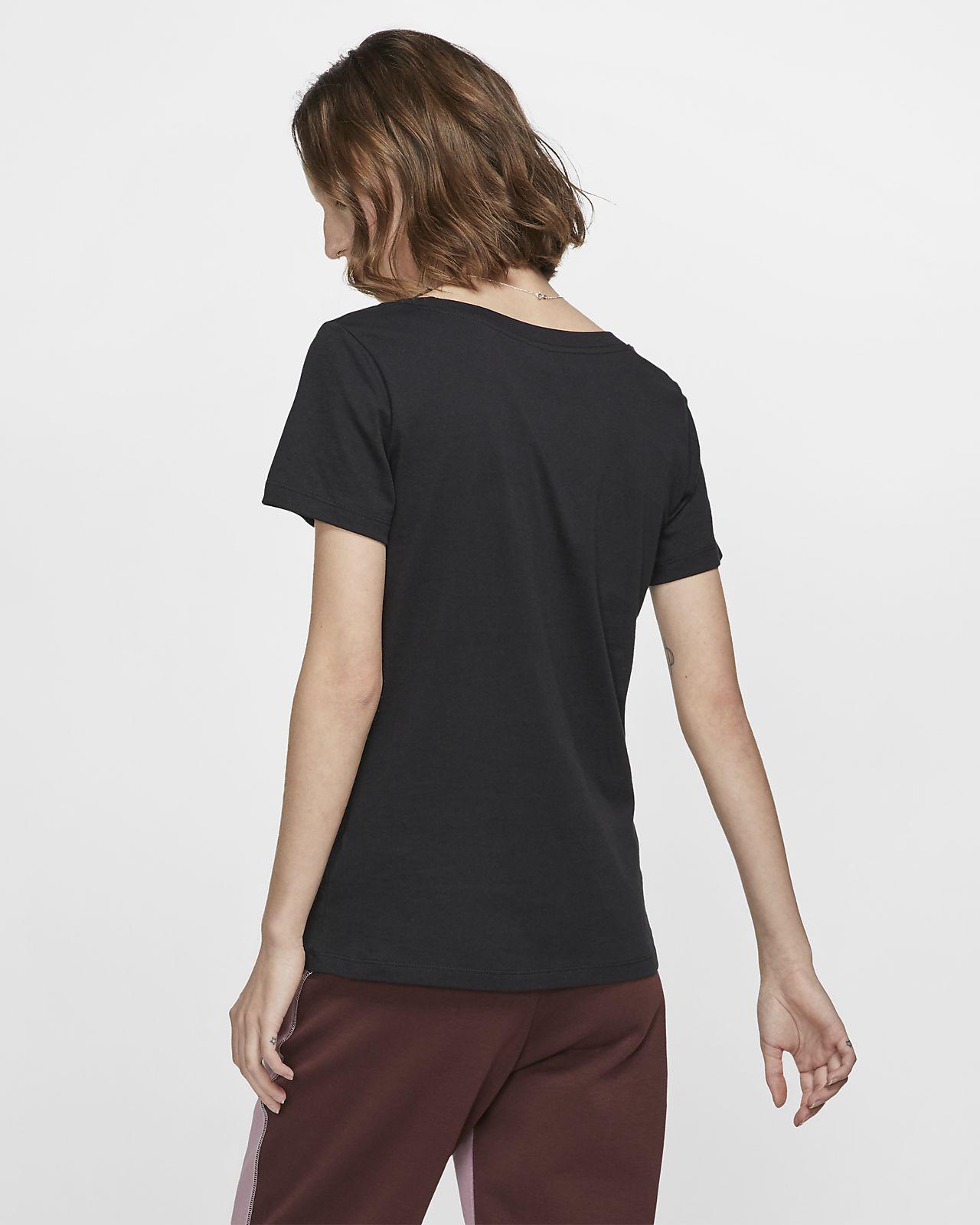 8ffd9772 Nike Sportswear Women's T-Shirt. Nike.com AE
