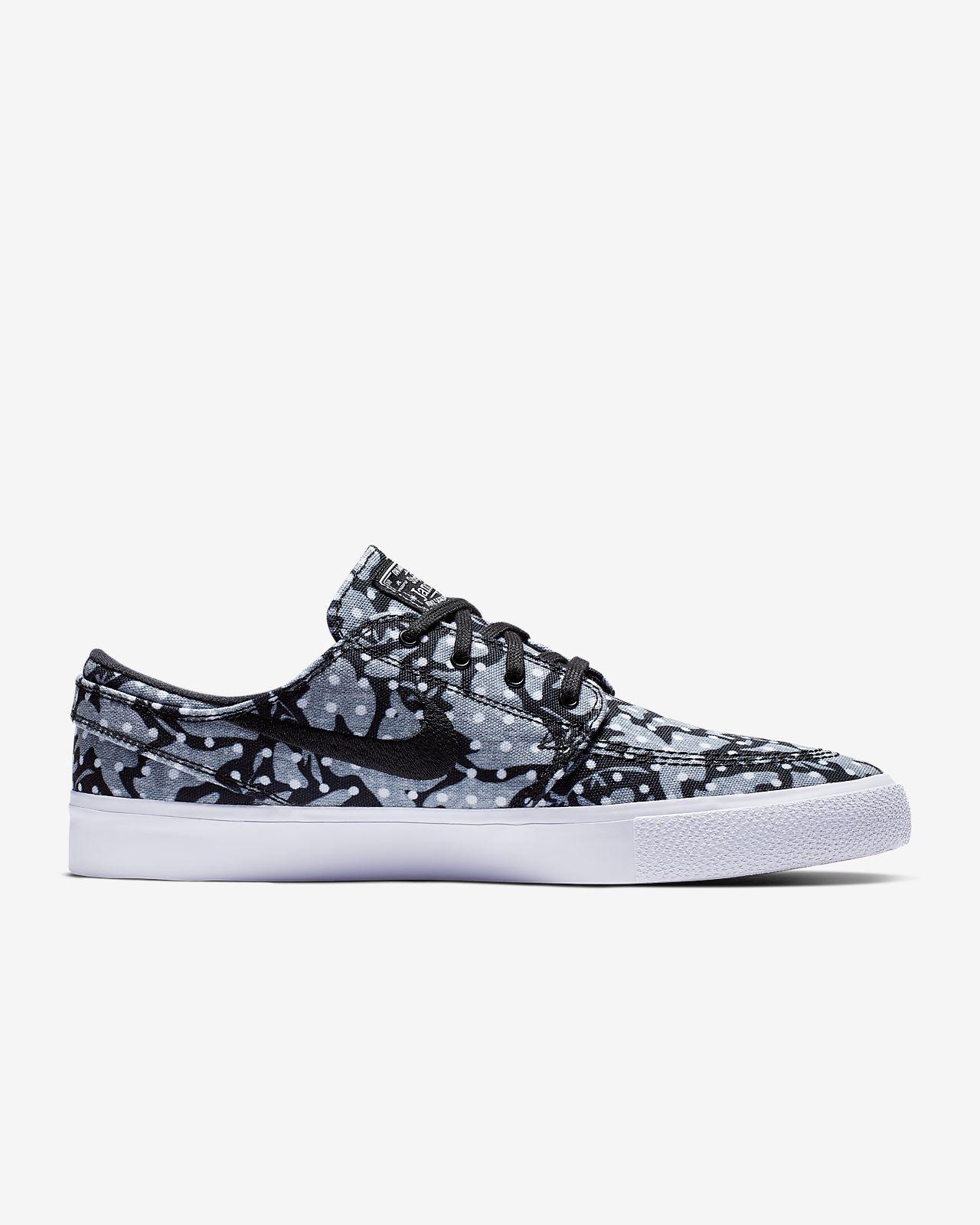 ad401eeddc99e Chaussure de skateboard Nike SB Zoom Stefan Janoski Canvas RM. Nike ...