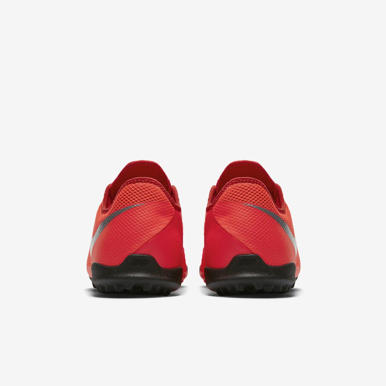 bfa7f11dadb94 ... Calzado de fútbol para terreno artificial Nike Phantom Vision Academy