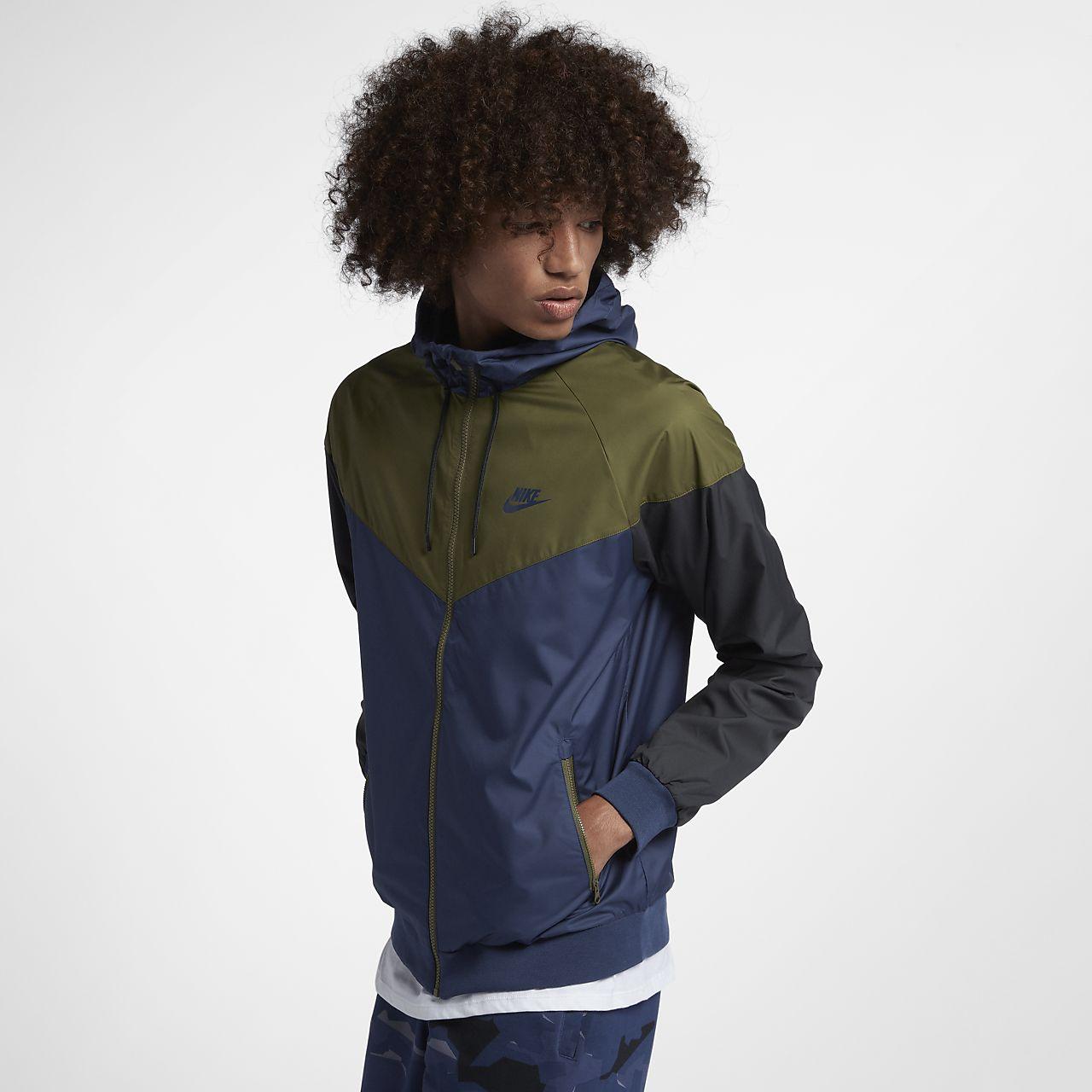Nike Windrunner 男款外套