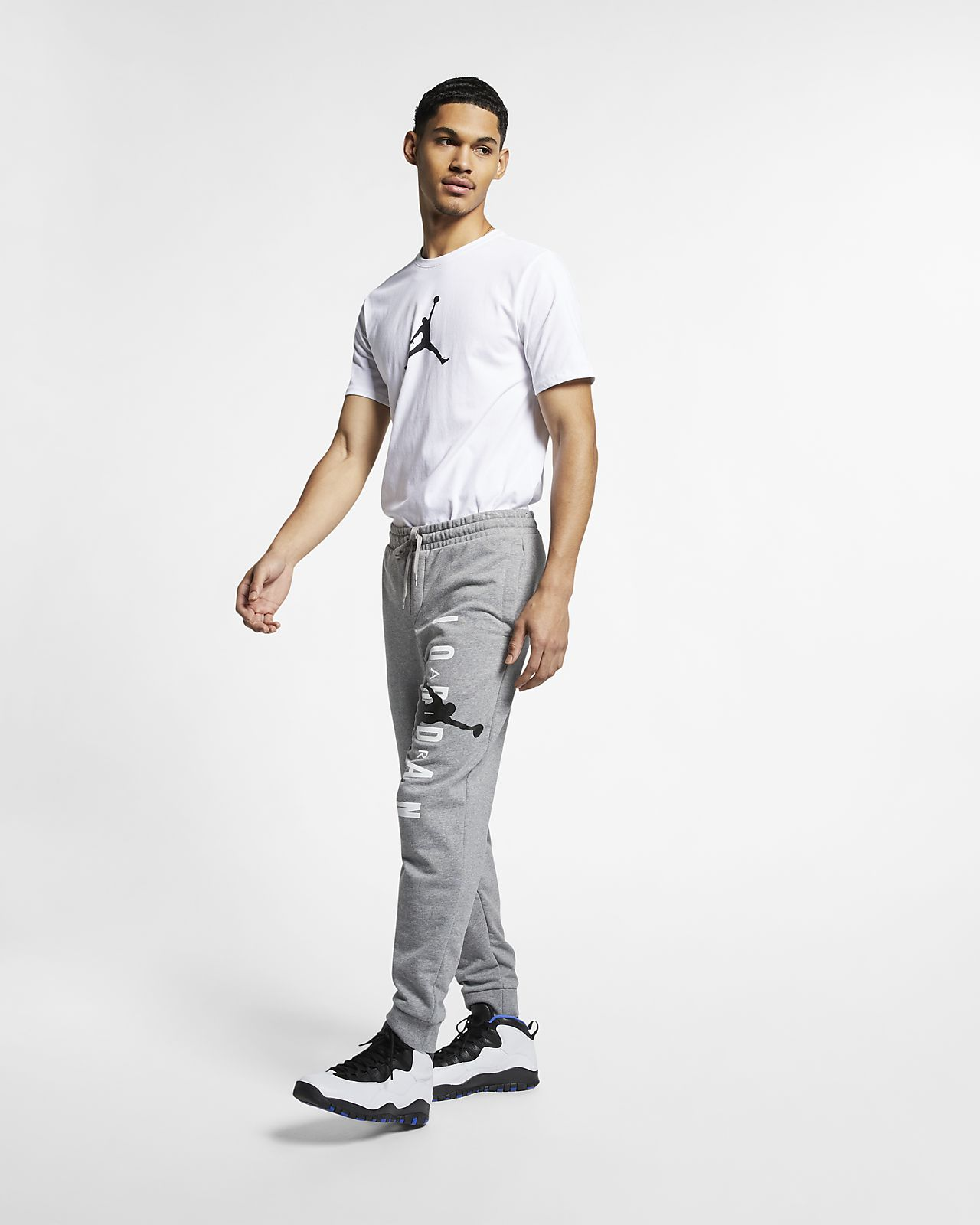 1d5ed57e614833 Jordan Jumpman Air Men s Lightweight Fleece Trousers. Nike.com CA